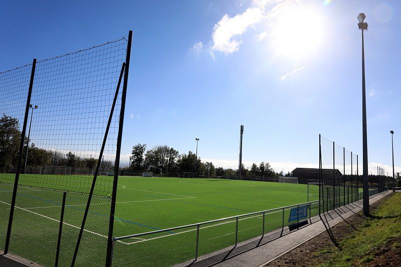 terrain de football - Saint-Maurice-sur-Dargoire
